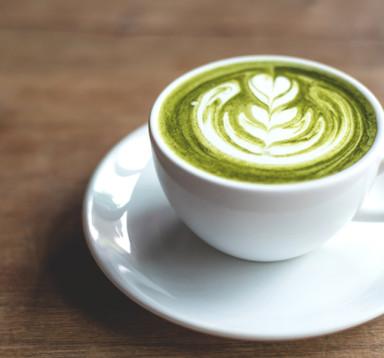 Greentea Latte (Trà xanh sữa tươi đánh nóng ít bọt sữa)
