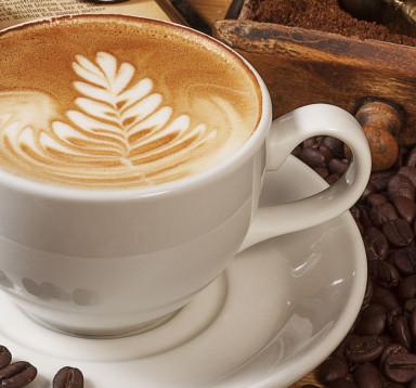 Café Latte (Cafe với sữa tươi đánh nóng ít bọt)