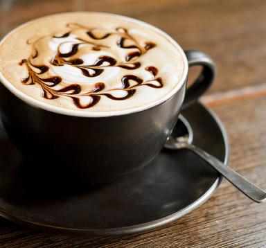 Café Mocha (Cafe, Chocolate với sữa tươi đánh)